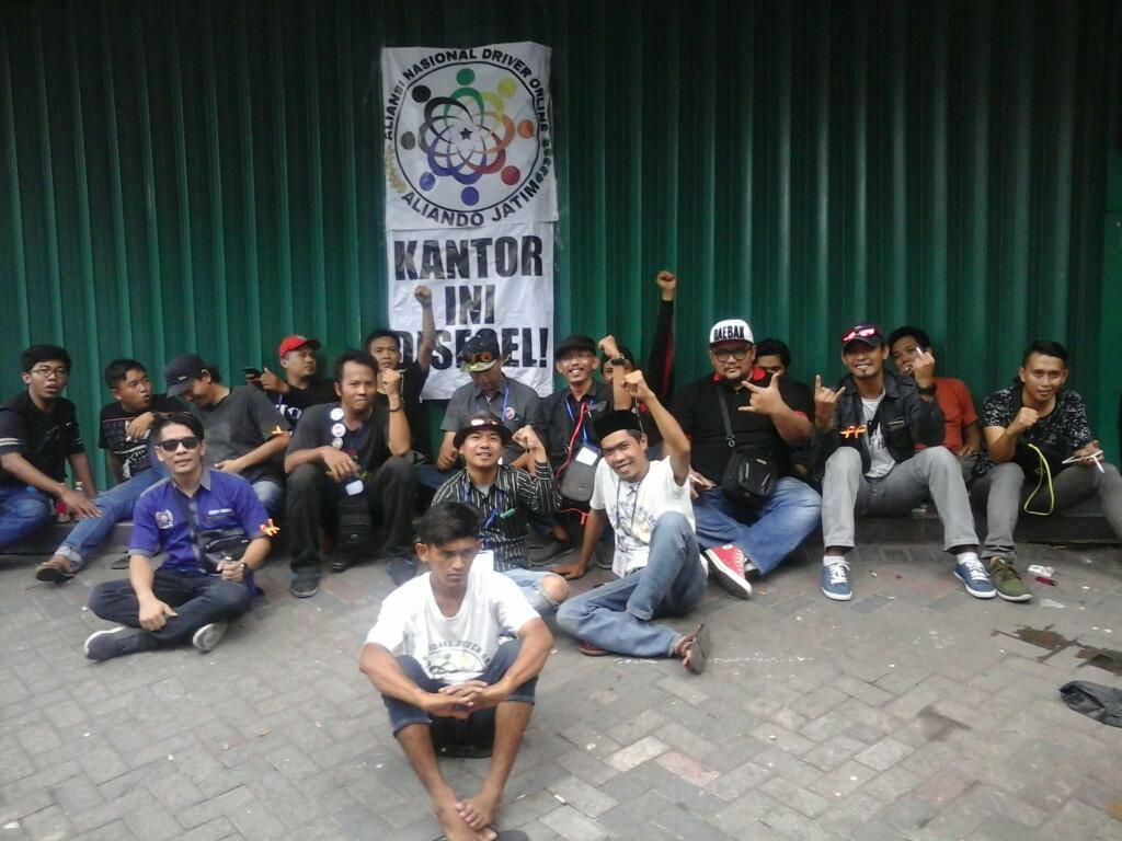 Aliando Jatim Segel Kantor GRAB di Surabaya