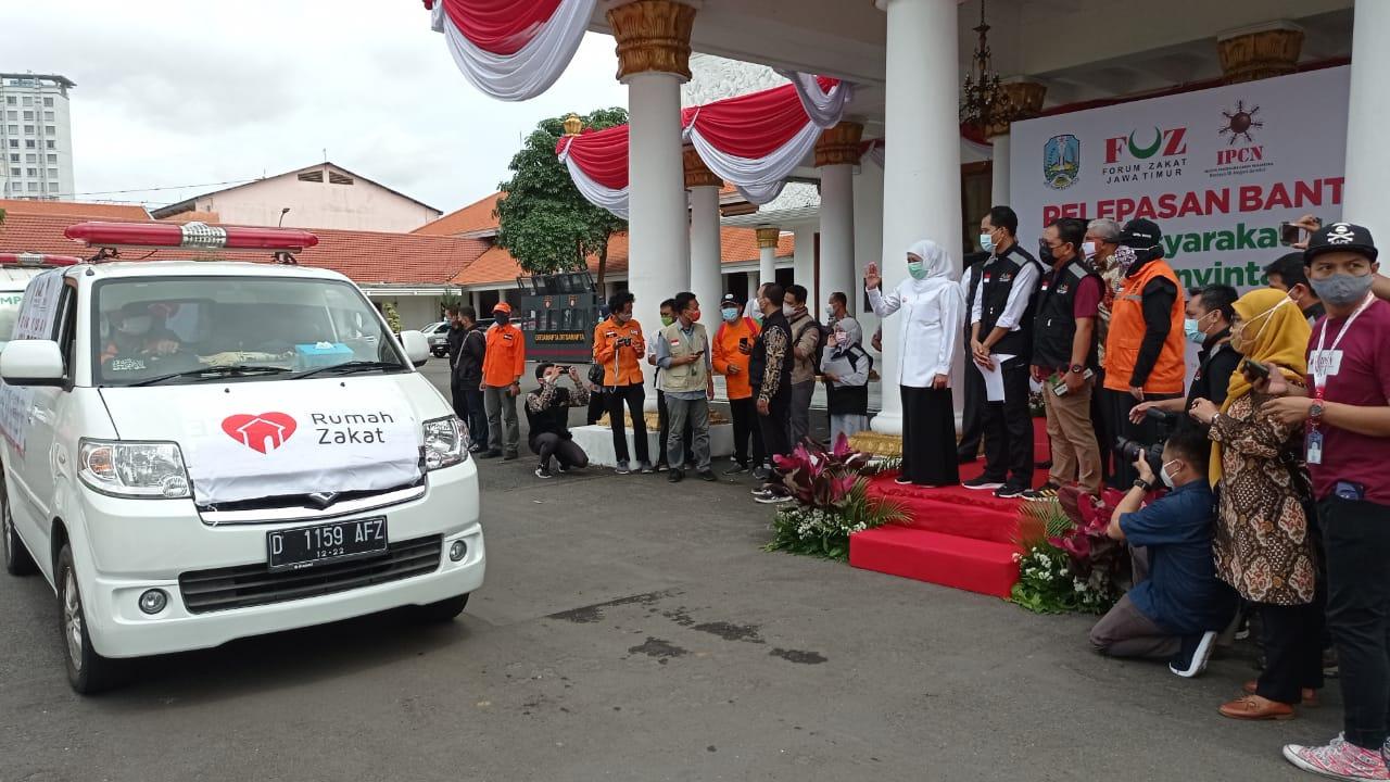 Rumah Zakat – FOZ Jatim Salurkan Bantuan Untuk Korban Bencana Kalimanyan Selatan dan Sulawesi Barat